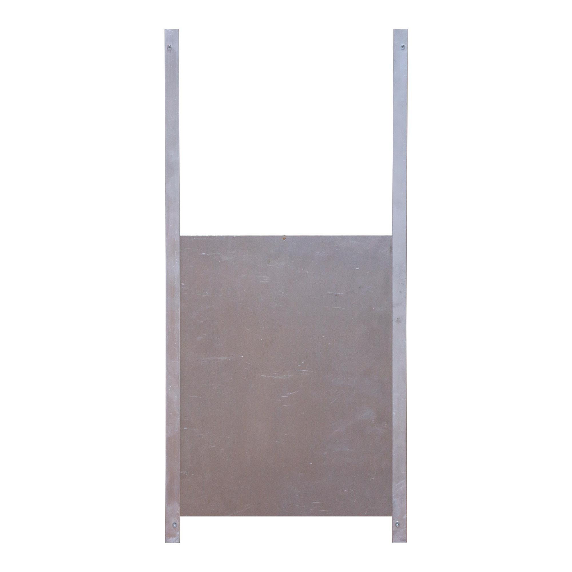 Taille porte poulailler amazing poulaillers en bois ferme de beaumont with porte poulailler for Taille porte